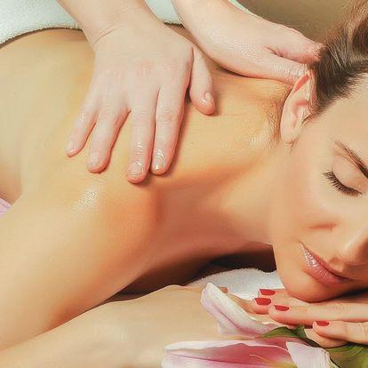 Hodinová relaxační masáž: záda, nohy a šíje