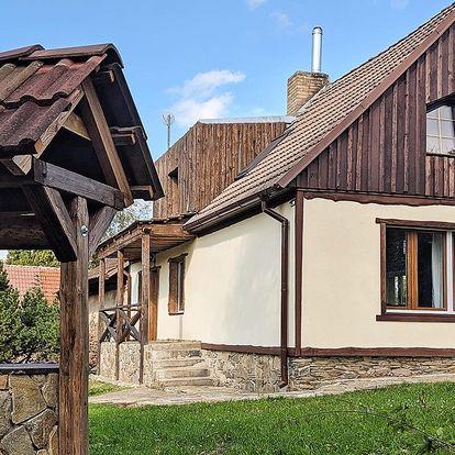 Samota u Budějovic pro partu i větší rodinu
