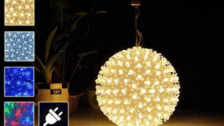 Vánoční LED světelná závěsná koule – průměr 18cm