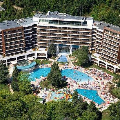 Bulharsko - Albena letecky na 8-15 dnů, polopenze