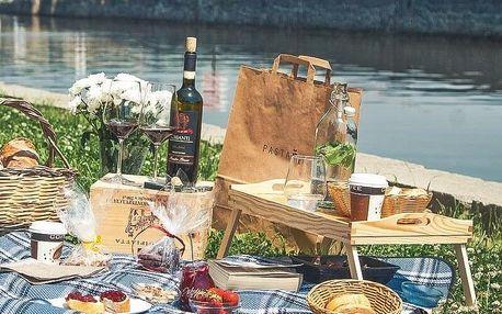 Italský piknik pro dva s lahví Prosecca