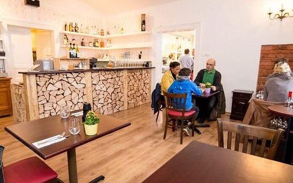 Italský piknik pro dva s lahví Prosecca   Praha   Duben - září.   Cca 2 hodiny.4