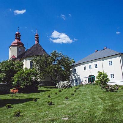 Český ráj: Baroque mansion Czech Paradise 1750 A. D.