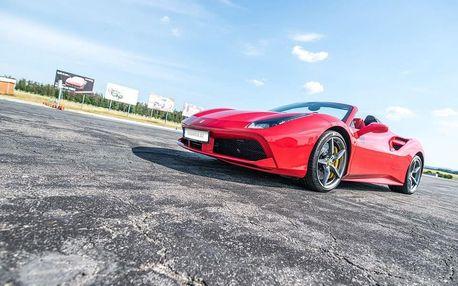 Jízda ve Ferrari 488 Spider na okruhu - 3 kola + 1 kolo adrenalinové svezení