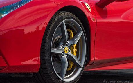 Jízda ve Ferrari 488 Spider na okruhu - 3 kola