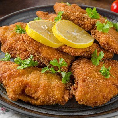 500 až 2000 g kuřecích řízků pro dva i partu