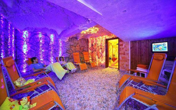Relaxační pobyt ve Špindlerově Mlýně s neomezeným vstupem do aquaparku pro dva4