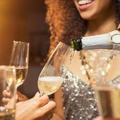 Krkonoše: Vánoční a silvestrovský pobyt v Hotelu Karolína *** s wellness, polopenzí a all inclusive nápoji