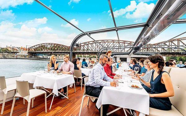 Plavba po Vltavě s obědem pro dva