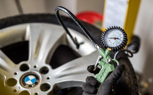 Kompletní přezutí pneumatik na plechovém disku vč. vyvážení a závaží3
