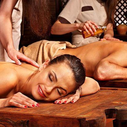 Dokonalá hodinka ve dvou: thajská masáž dle výběru