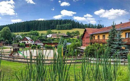Beskydy poblíž nového Vodního světa a turistických stezek v Horském hotelu Kyčerka *** s polopenzí