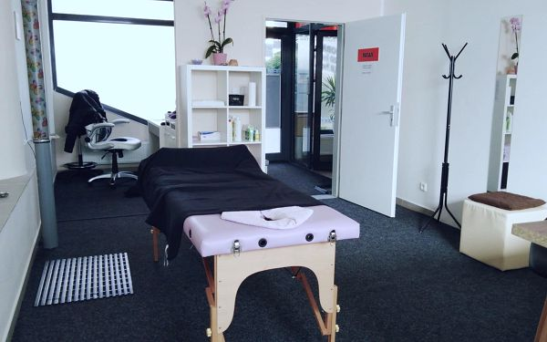 60minutová relaxační masáž3