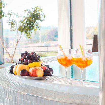 Relax ve 4* Resortu K-Triumf s polopenzí, privátním wellness a sportovními aktivitami