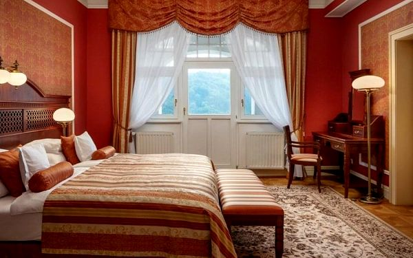 3denní pobyt pro 2 v hotelu Imperial***** v Karlových Varech (Ne–Čt)4