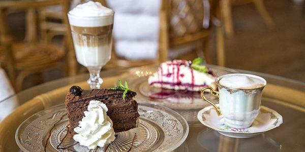Famózní dort a studený či teplý nápoj pro dva
