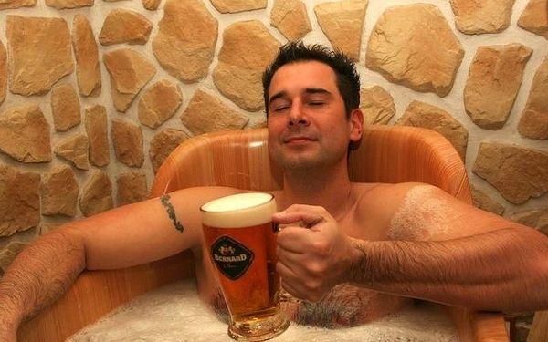 Pivní lázně s ubytováním a privátním wellness, 1 noc, počet osob: 2 osoby, Praha (Praha)2