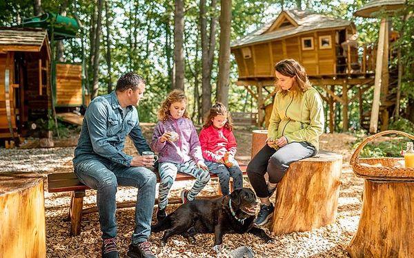 Rodinný pobyt v treehouse | Dolní Morava | Do 31.3.2021 (do min.teploty -5 stupňů C). | 2 dny/1 noc.4