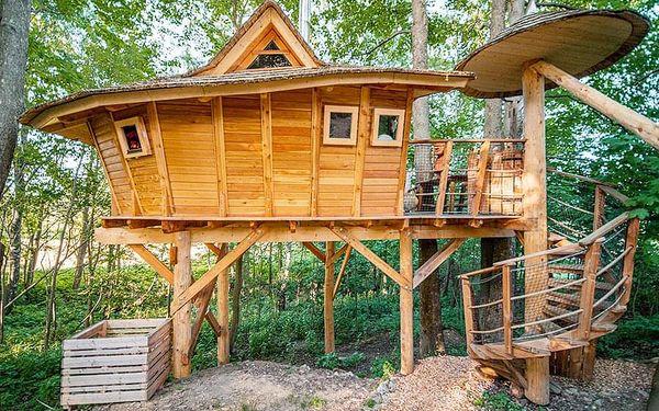 Rodinný pobyt v treehouse | Dolní Morava | Do 31.3.2021 (do min.teploty -5 stupňů C). | 2 dny/1 noc.5