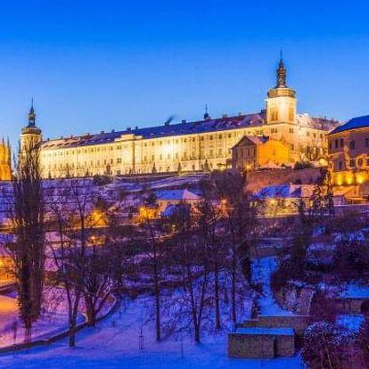 Kutná Hora: Vánoce či Silvestr v Hotelu Mědínek *** se slavnostní večeří či rautem, cukrovím a snídaněmi