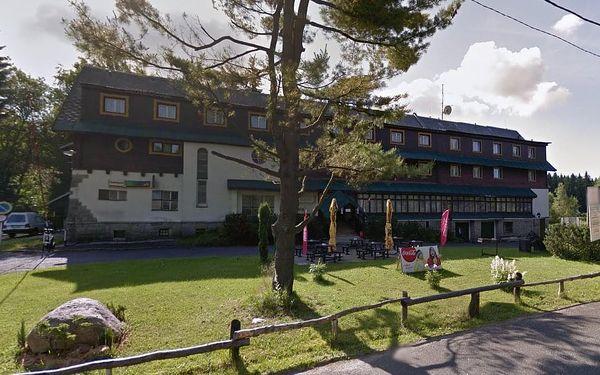 Superlevná podzimní dovolená v hotelu Maxov v Jizerských horách.