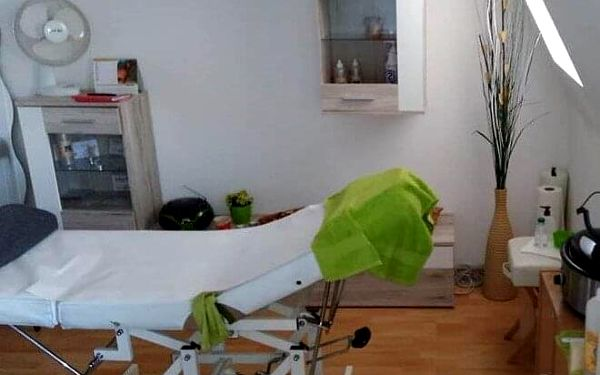 40minutová aromaterapeutická masáž lávovými kameny4
