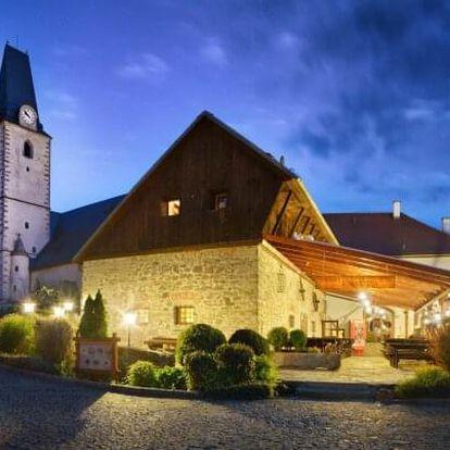 Šumava pod hradem Rožmberk: Gurmánský pobyt v Hotelu U Martina *** se slavnostní večeří a dárky + snídaně