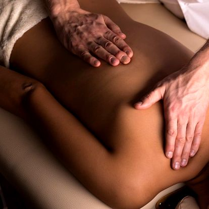 Různé druhy masáží v délce 60–90 minut
