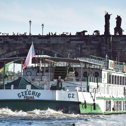 Romantická plavba po Vltavě s obědem nebo večeří