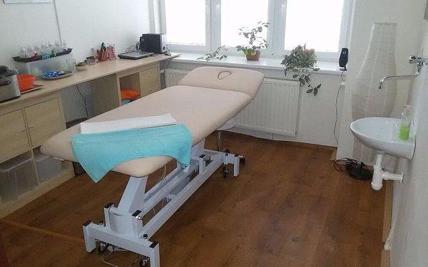 Harmonizující čínská masáž Tuina pro bolavá záda3