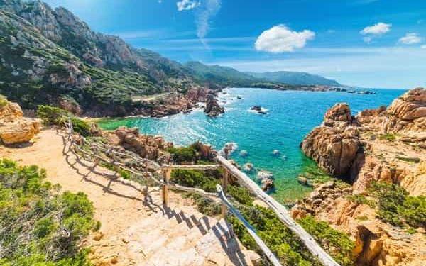 Sardinská romance aneb pěšky severními oblastmi Sardinie
