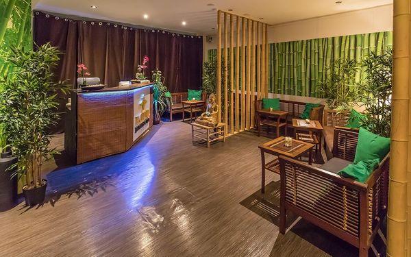 90 minut relaxace: hodinová thajská masáž dle výběru a 30minutová lázeň2