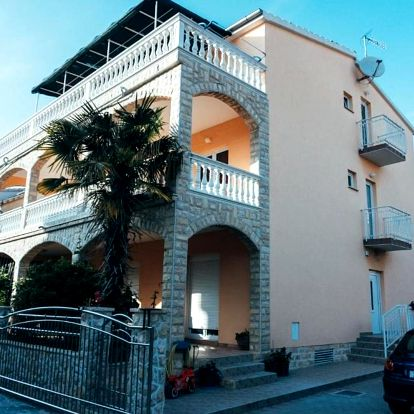 Chorvatsko, Vodice: Apartments Boza