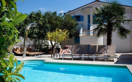 Chorvatsko, Vodice: Apartments Villa Pina