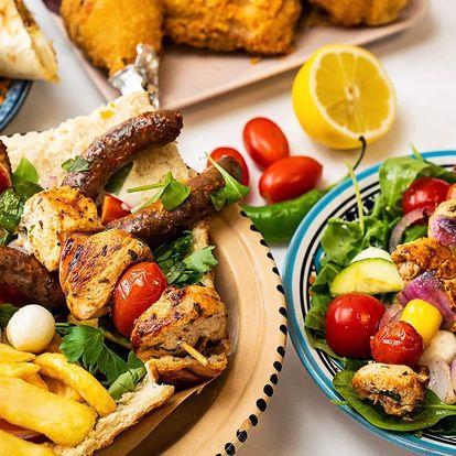 Kuřecí boxy s hranolky, salátem i nápojem