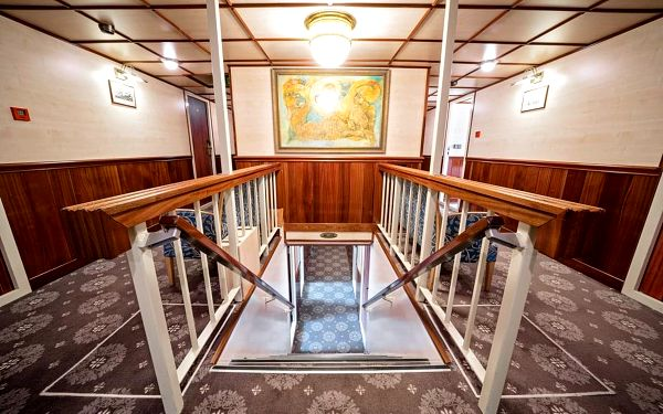 Pobyt na hotelové lodi s výletem do Čertovky, Praha 1, 2 noci v kajutě Superior, 2 osoby, 3 dny3