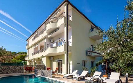 Chorvatsko, Makarská riviéra: Apartments Matija