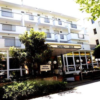 Itálie, Rimini   Hotel New Jolie*** s polopenzí   Dítě zdarma   150 m od pláže