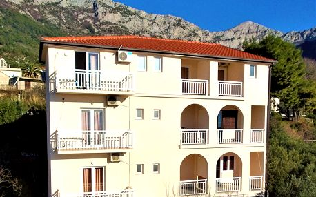 Chorvatsko, Gradac | Villa Tina*** – pokoje | Polopenze