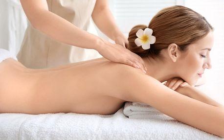 Klasická masáž zad a nohou, nebo lávové kameny