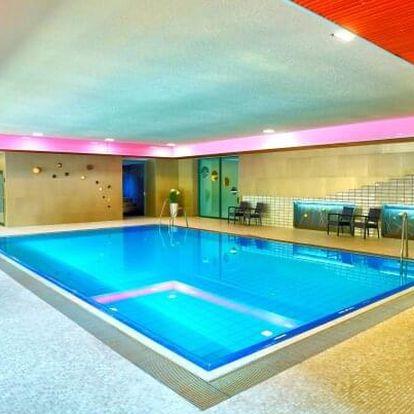 Moravskoslezsko v Hotelu Belaria Resort *** s polopenzí, wellness a slevou na masáž + gurmánské masové fondue