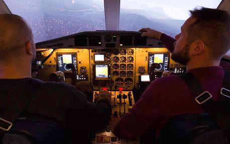 Simulátor letounu: pilotování i romantický let