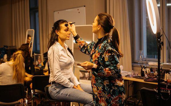 Kristina Ležáková make-up artist