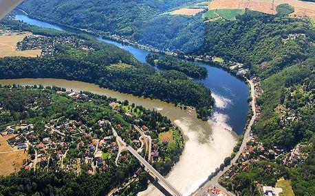 Vyhlídkový let nad Sázavou a meandry Vltavy