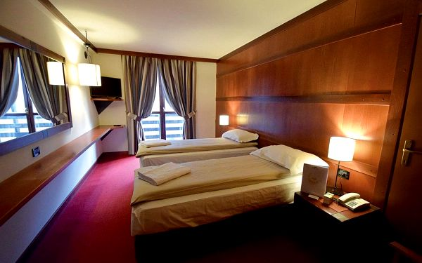 Hotel Club Piandineve, Skirama Dolomiti Adamello Brenta, vlastní doprava, polopenze4