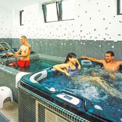 Krkonoše: Špindlerův Mlýn v Hotelu Esprit *** s polopenzí, odpolední kávou s dezertem a sportovním vyžitím