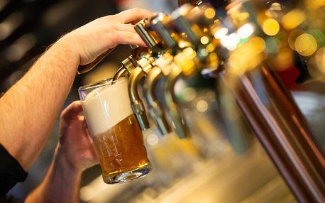 Chacharovo pečené koleno či dvě i s točeným pivem