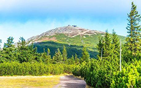 V srdci NP Krkonoše v objetí turistických stezek: Horská chata Malá Rennerovka s polopenzí a finskou saunou