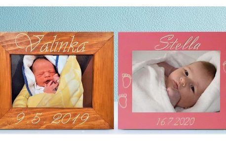 Rámeček na fotku se jménem a datem narození děťátka