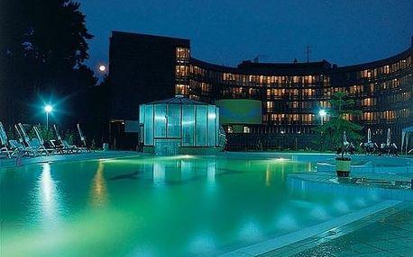 Lázně Bojnice, Léčebný dům Bôrina s venkovním bazénem